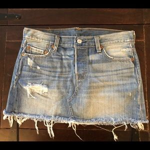 Levi's 501 Distressed Skirt 26